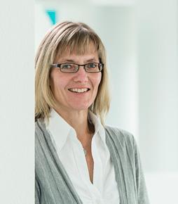 Frau Schöne